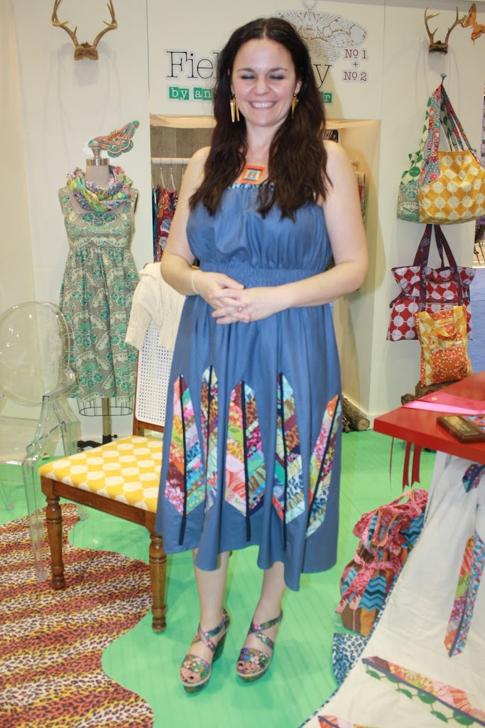 Quilt Market - Anna Maria Horner - Sew Sweetness : anna maria horner feather quilt - Adamdwight.com