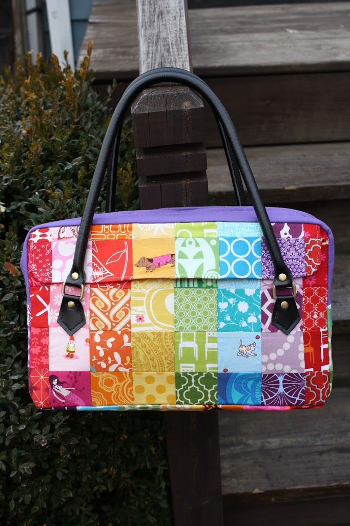 Free Patterns For Quilted Bags And Purses : Tutorial: The Conversation Bag - Sew Sweetness