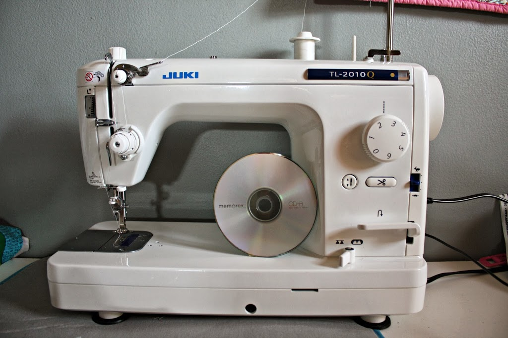 large throat sewing machine quilting