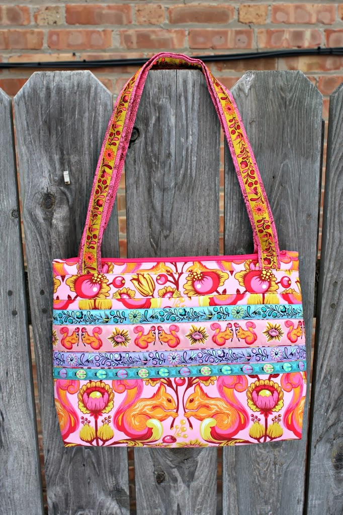 Bag Patterns Free : Free Bag Pattern: Arabesque Bag - Sew Sweetness