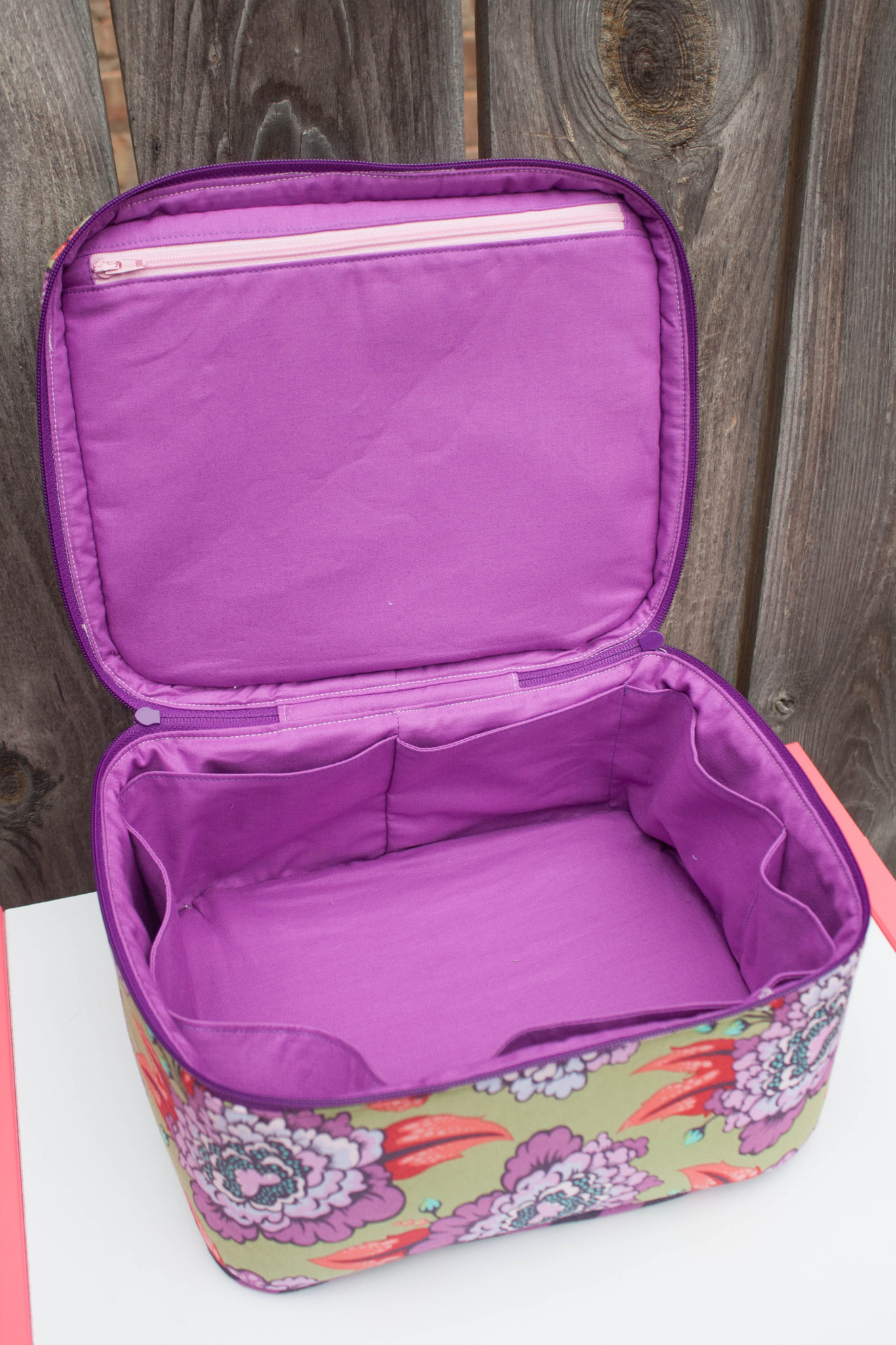 Crimson And Clover Train Cases Sew Sweetness