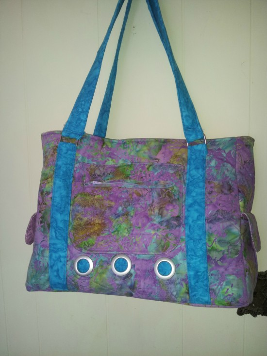 Sew Sweetness Sloan Travel Bag by Donna
