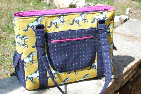 Sew Sweetness Sloan Travel Bag by Holly
