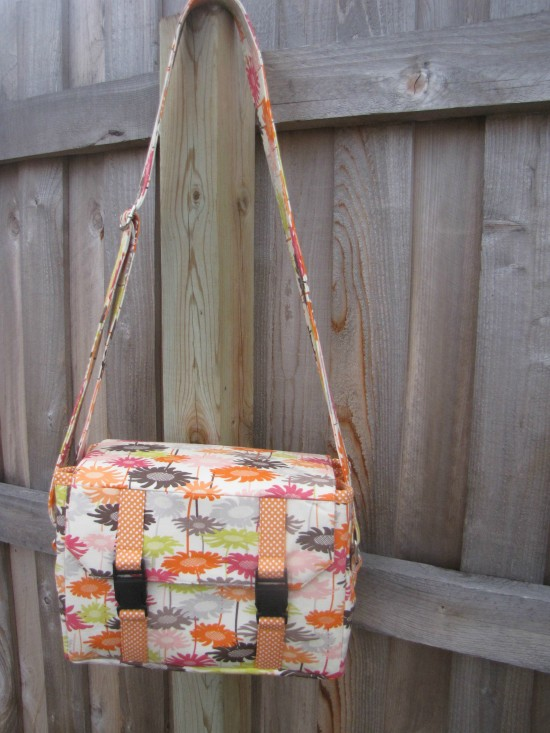 Sew Sweetness Ansel Camera Bag by Teresa
