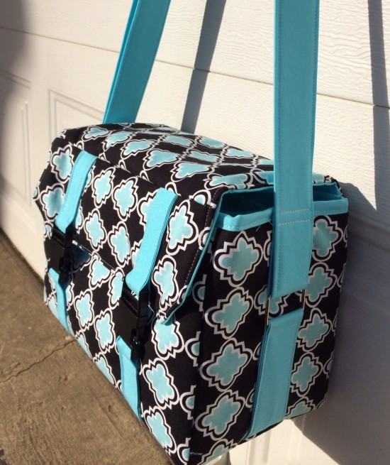 Sew Sweetness Ansel Camera Bag by Maria of Beautiful Blooms
