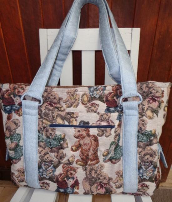 Sew Sweetness Sloan Travel Bag by Peta