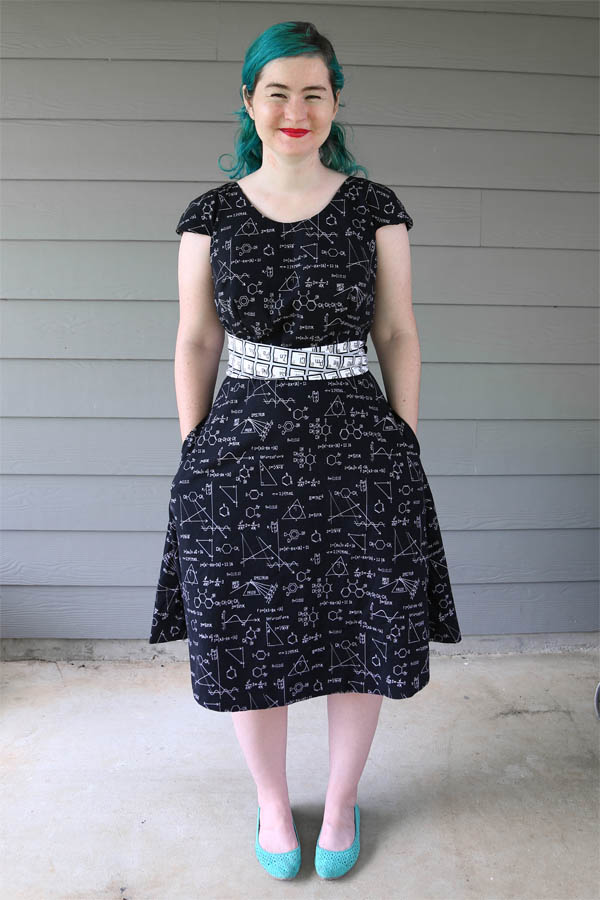 Dress Up Party - Pattern Review - Colette Crepe Dress