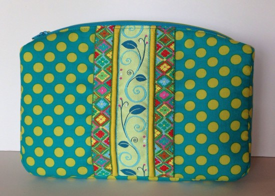 Sew Sweetness Filigree Double-Zip Pouch, sewn by Mary on Lake Pulaski