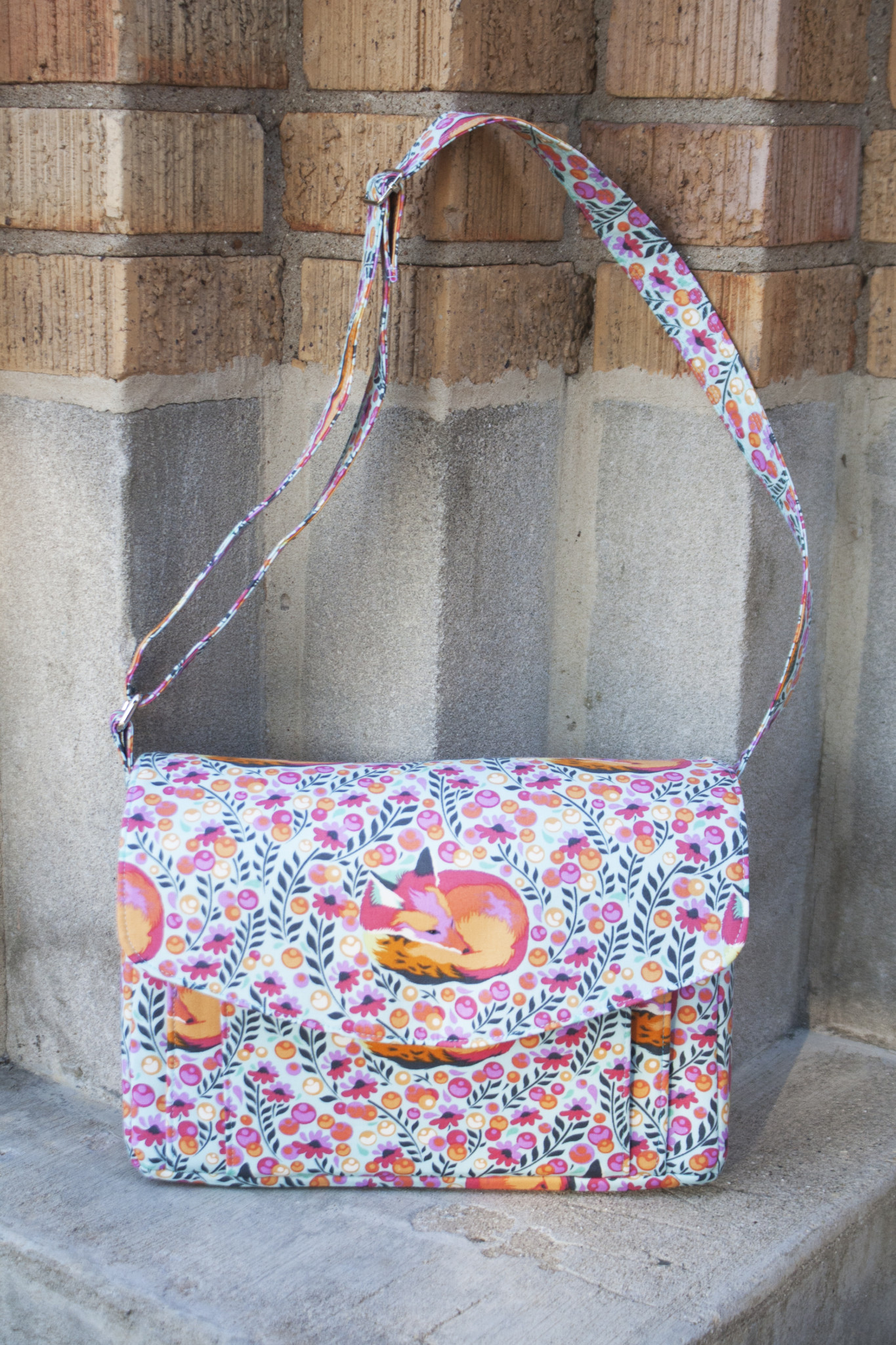 Appaloosa bag pattern from Sew Sweetness