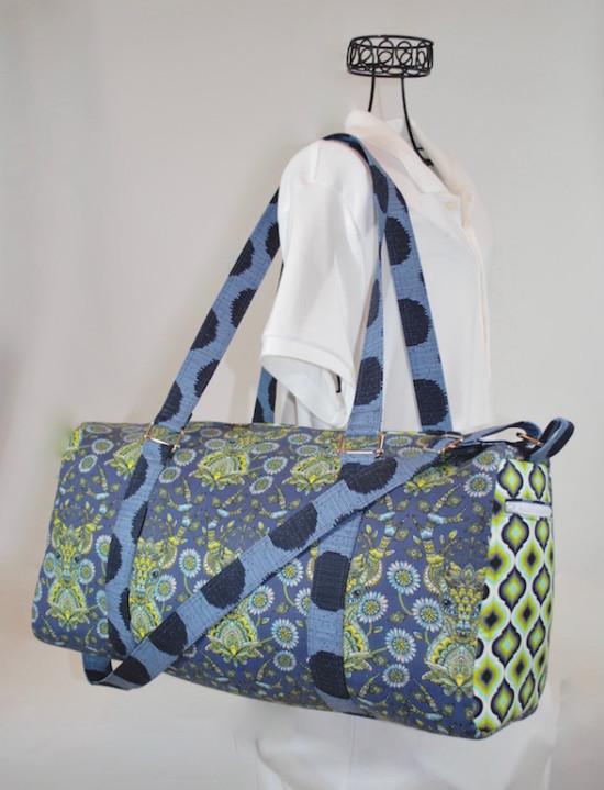 Sew Sweetness Jumpstart Duffle Bag made by Cindy of Raspberry Sunshine