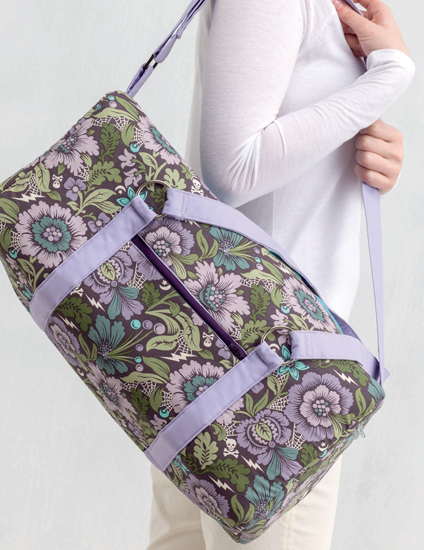 Jumpstart Duffle Bag sewing pattern from the book Windy City Bags by Sara Lawson