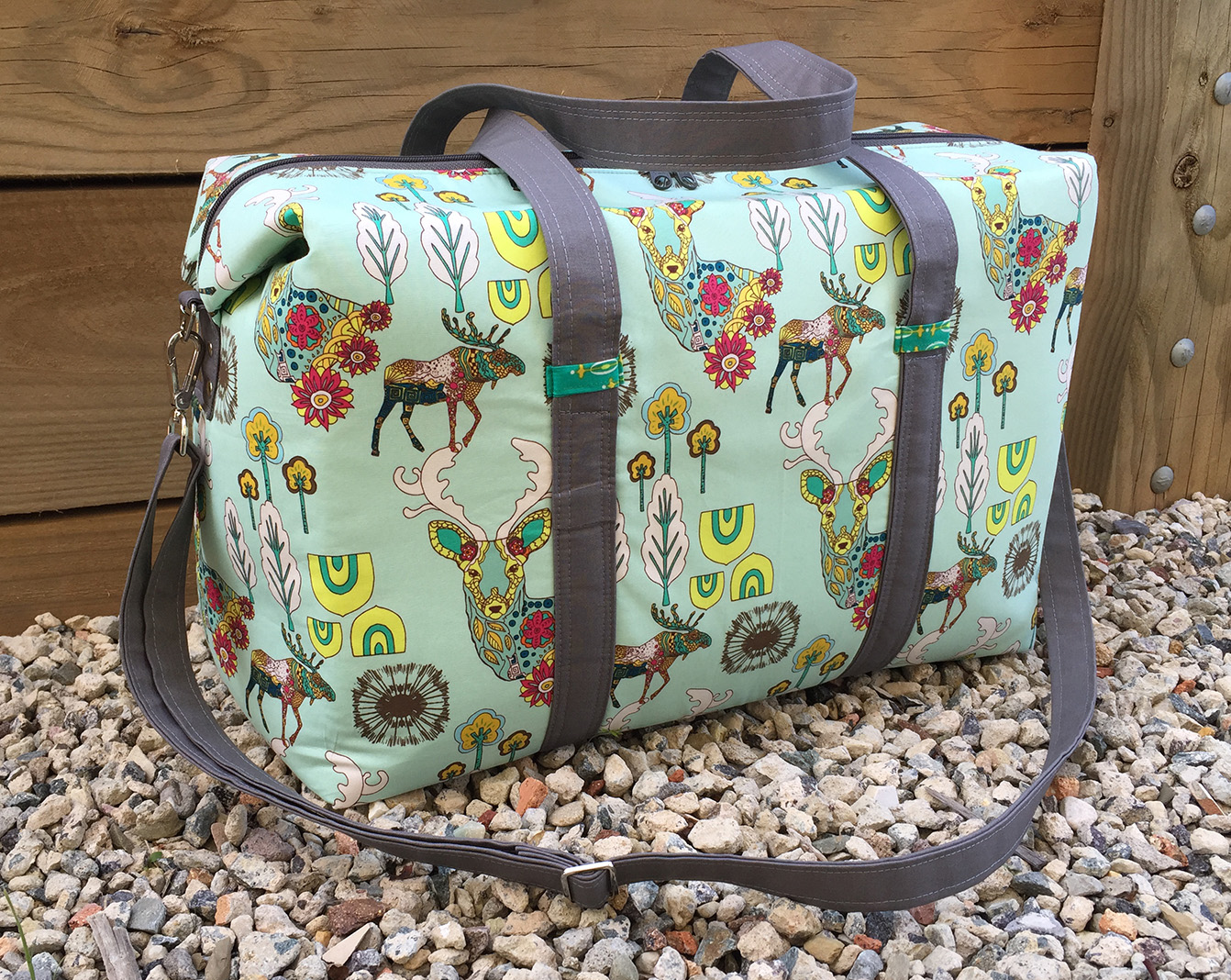Sew Sweetness Emblem Duffle Bag sewing pattern, sewn by Melisa Jane Handmade