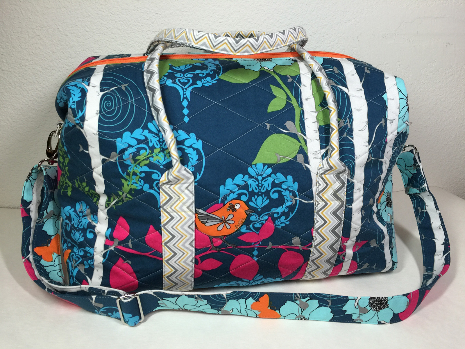 Sew Sweetness Emblem Duffle Bag, sewn by Stephanie of Thread Ov Metal