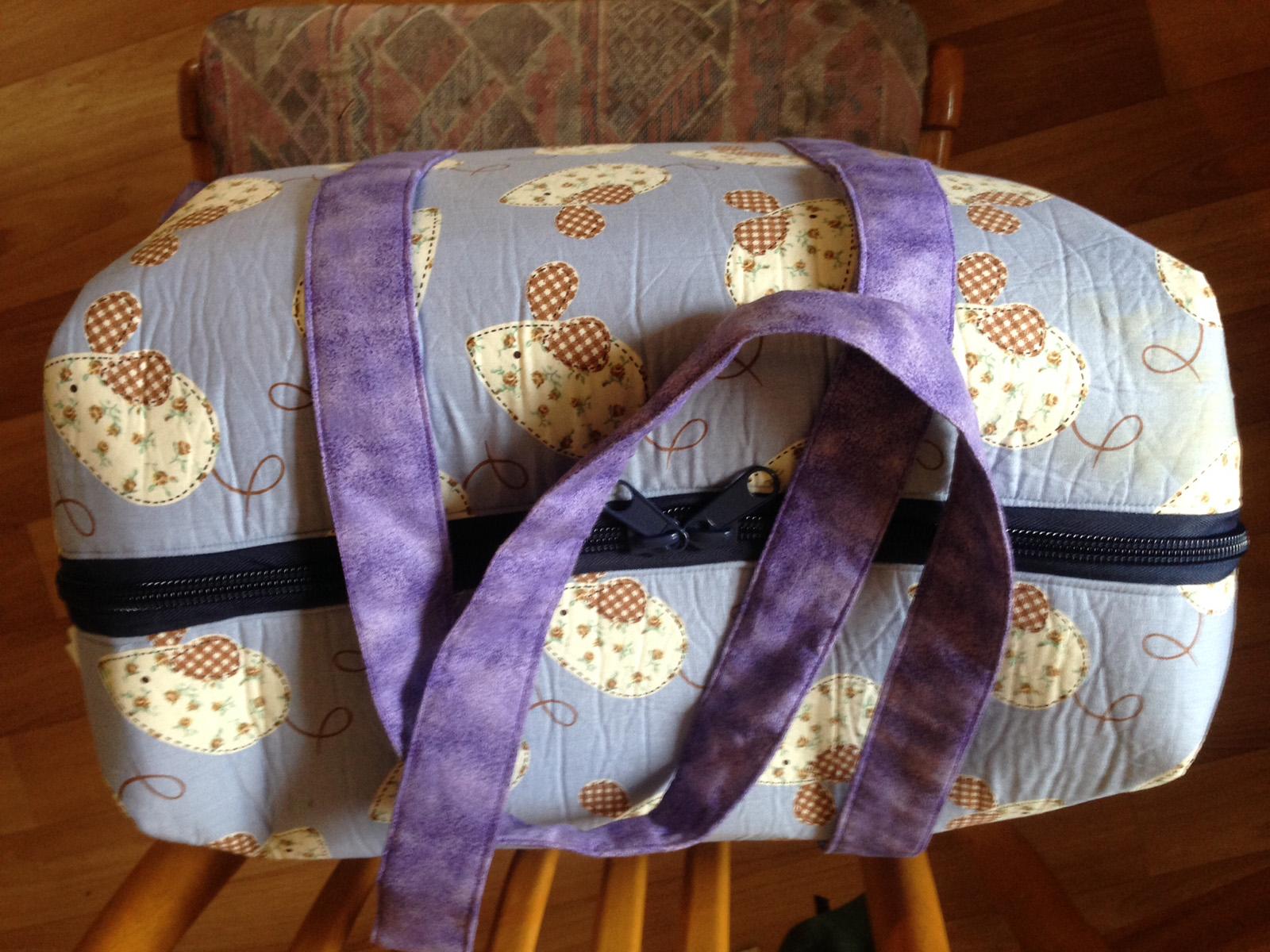 Sew Sweetness Emblem Duffle Bag, sewn by Mhairi