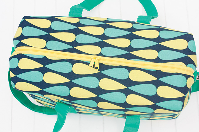 Sew Sweetness Emblem Duffle Bag sewing pattern