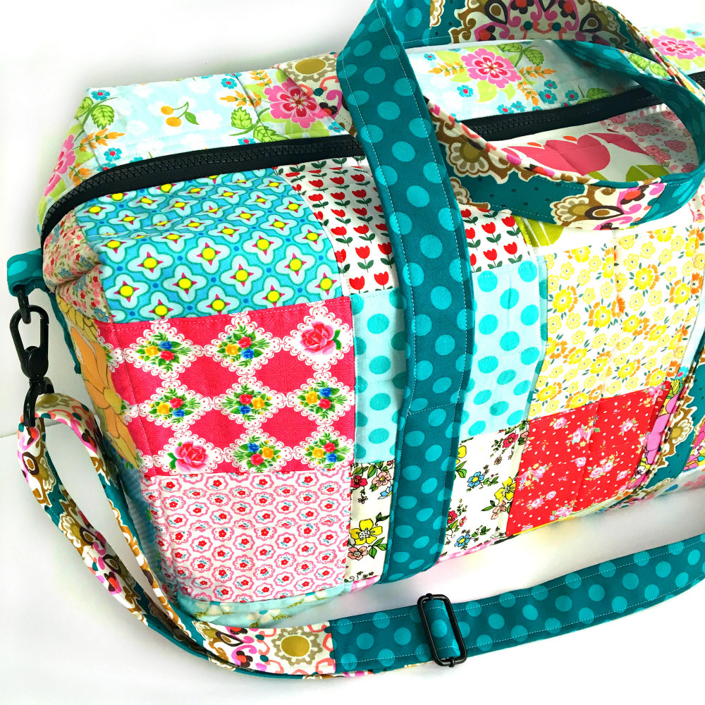 Sew Sweetness Emblem Duffle Bag, sewn by Lemon Tree Studio