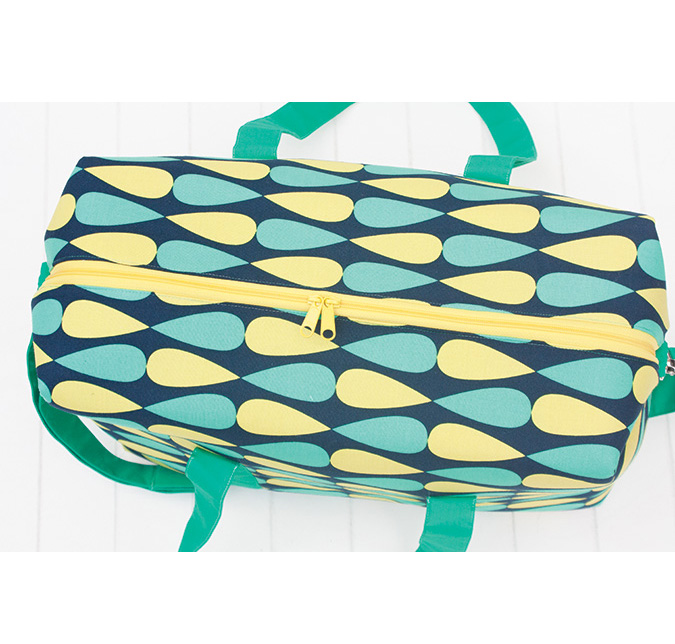 Emblem Duffle Bag - Sew Sweetness
