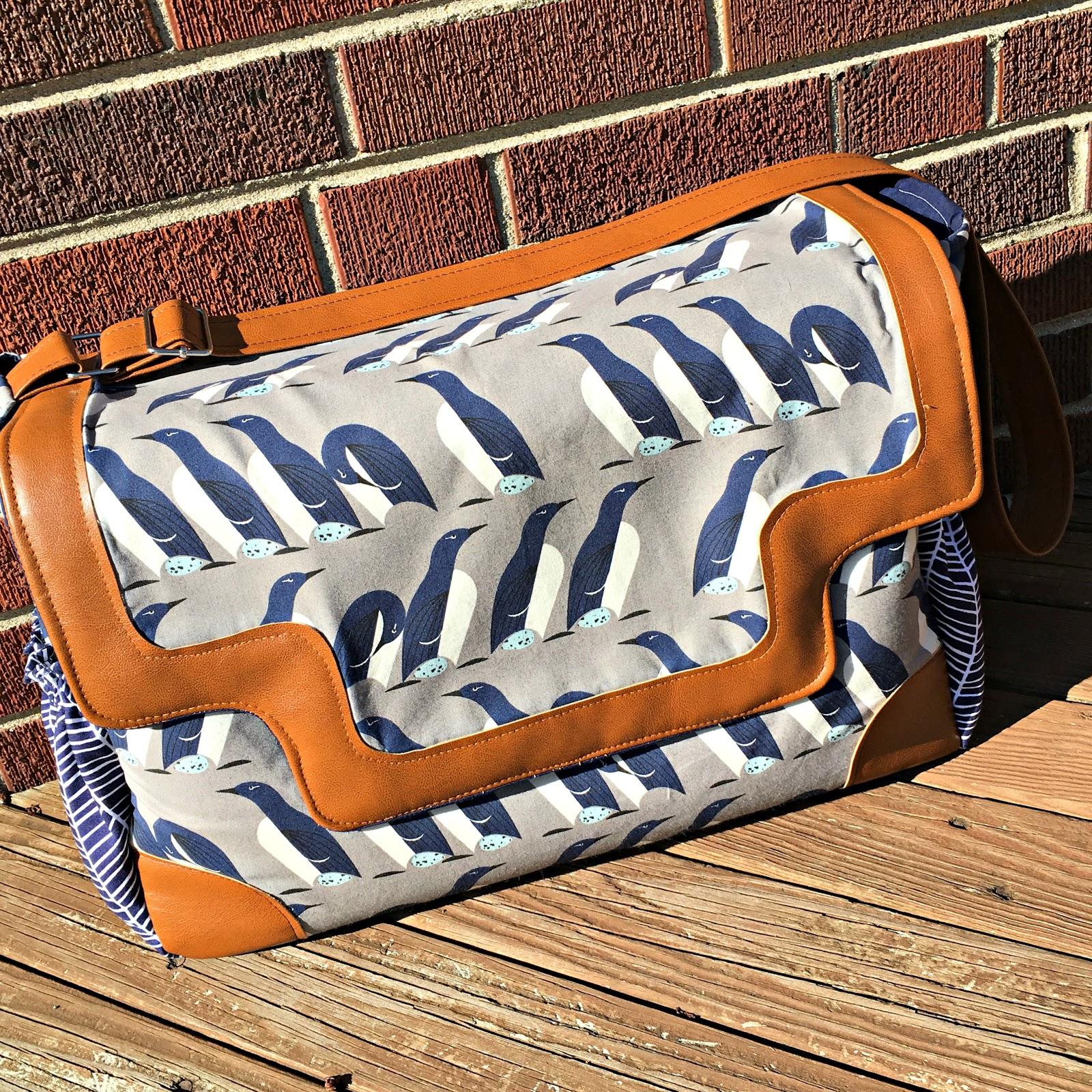Sew Sweetness Lilium Laptop Bag pattern hack