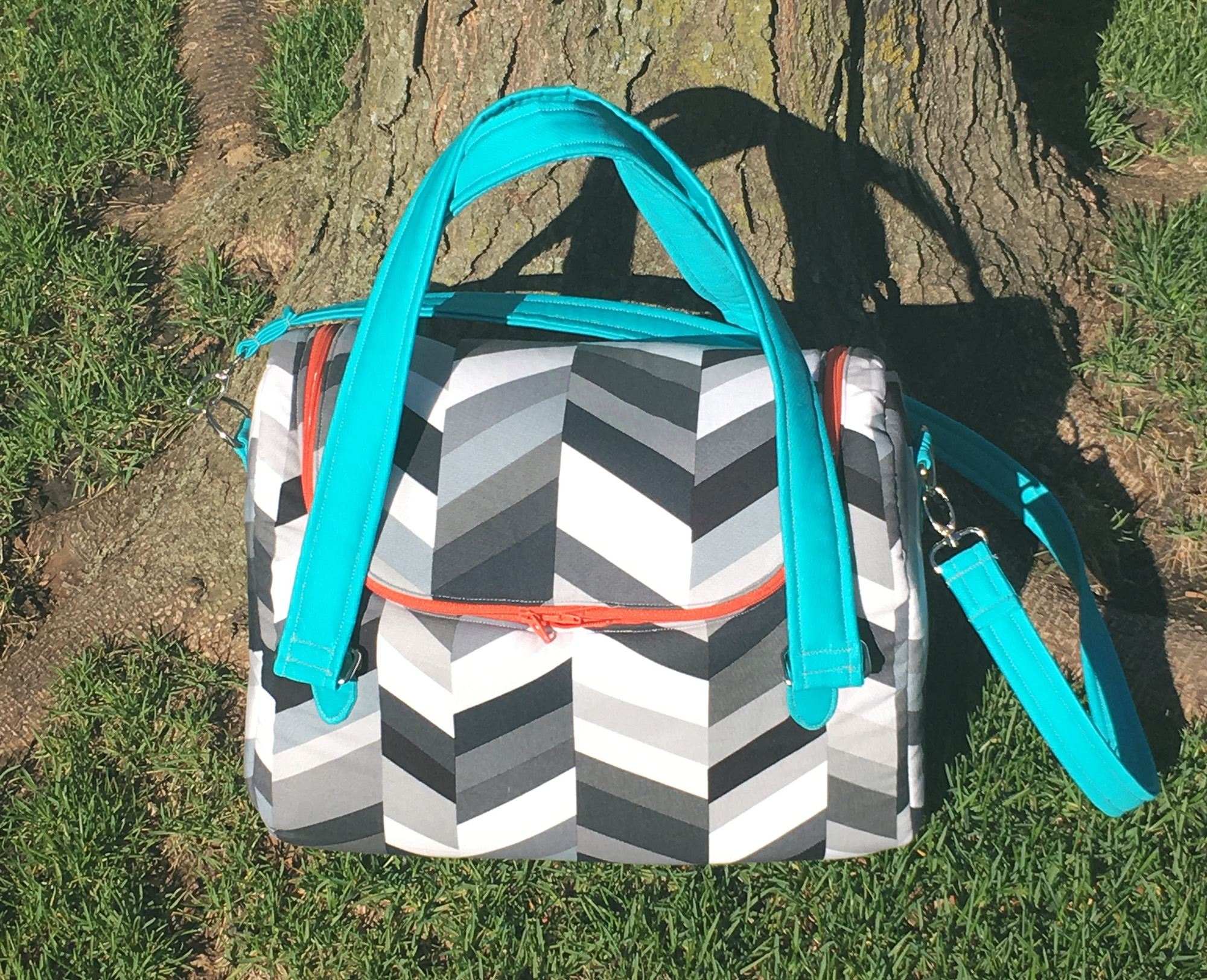 Sew Sweetness Tortoise Bag sewing pattern, sewn by Hillary