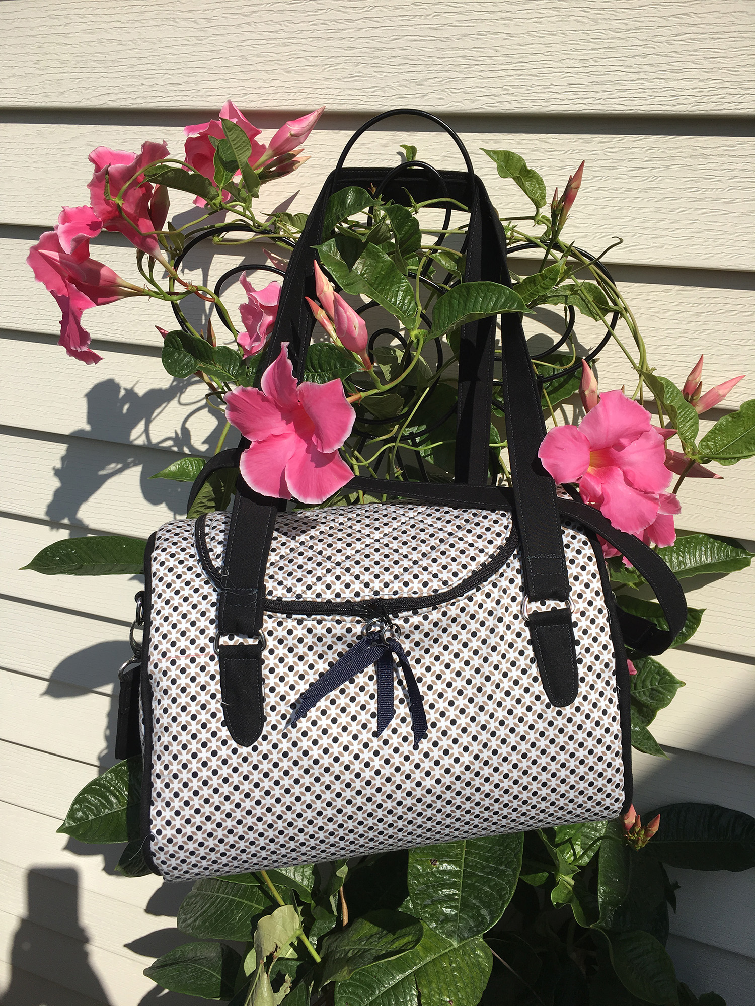 Sew Sweetness Tortoise Bag sewing pattern, sewn by Mindy