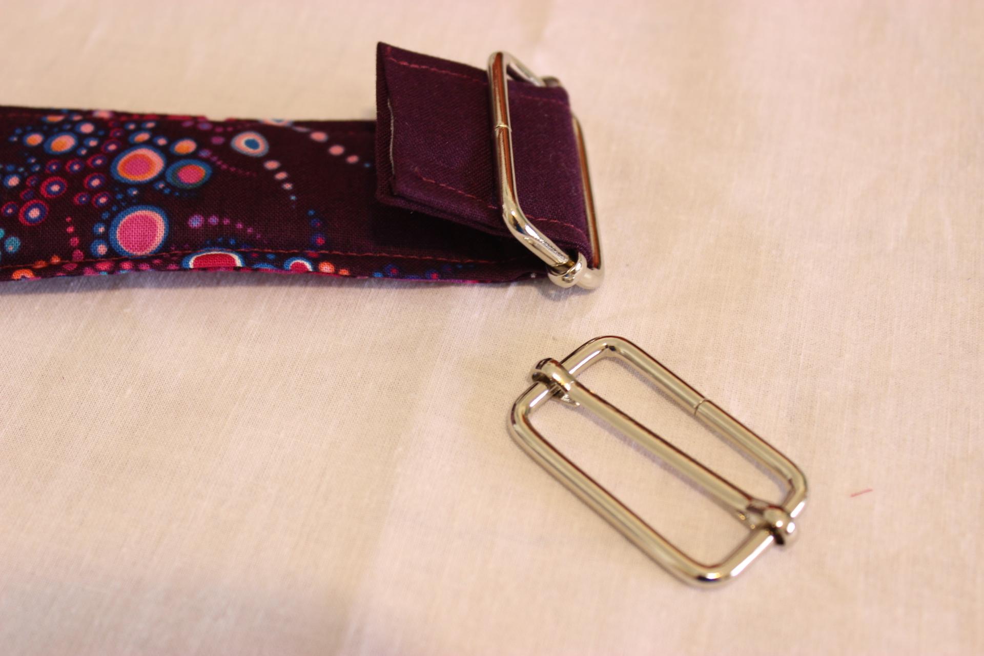 Image 8 strap rectangle ring