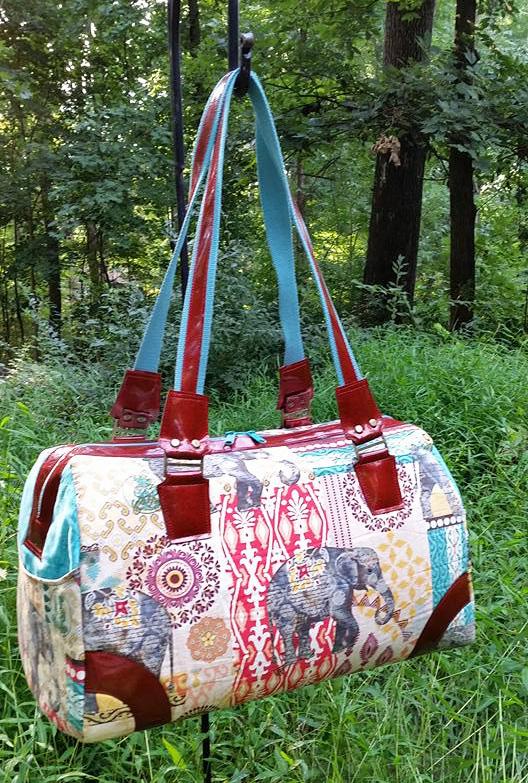 Sew Sweetness Coalition Bag sewing pattern, sewn by Lori