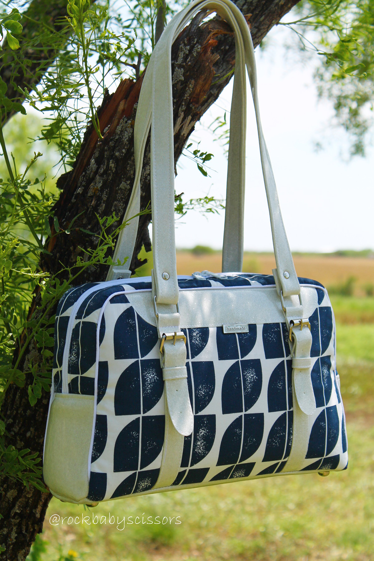 Reisende Bag sewn by Rock Baby Scissors
