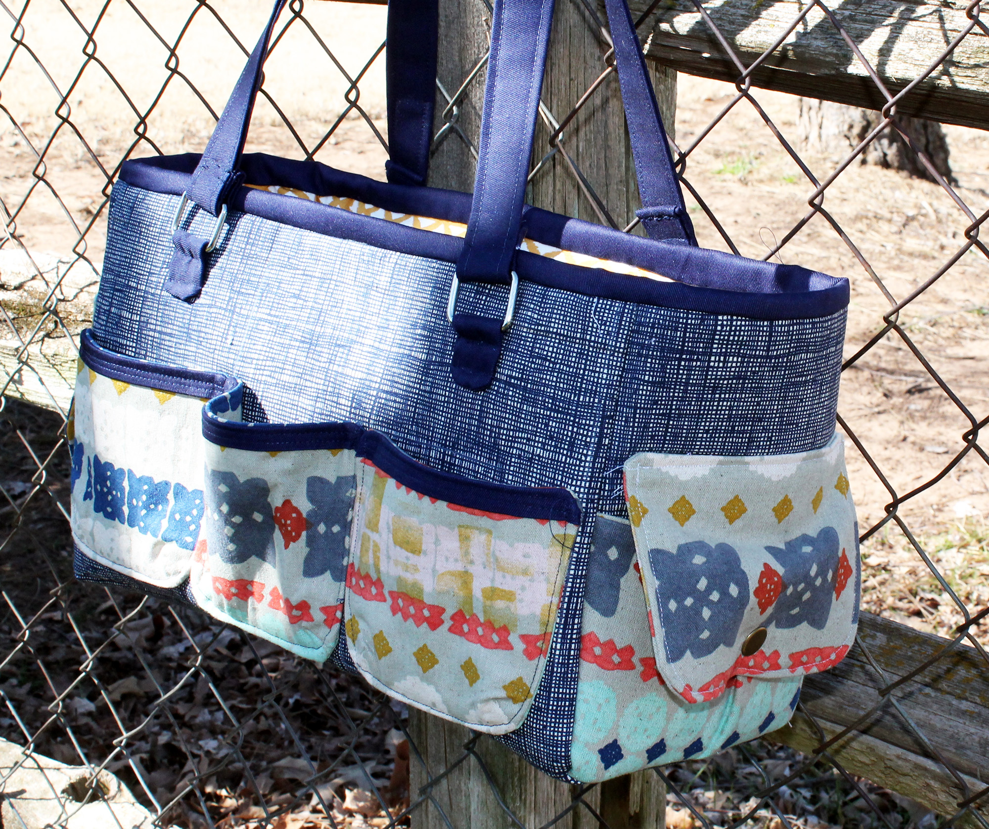 Sew Sweetness Oslo Craft Bag sewing pattern, sewn by Jamie