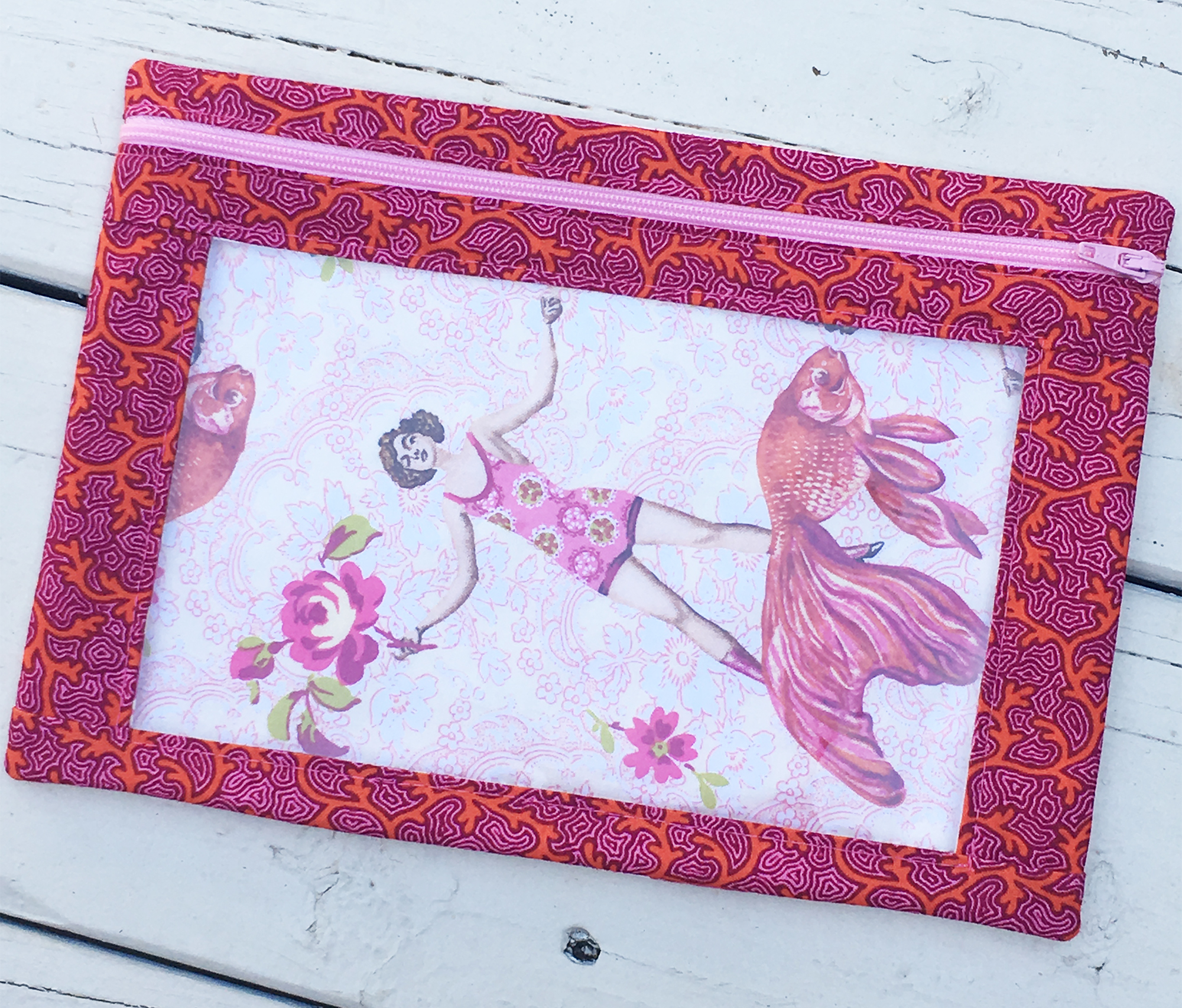 Sew Sweetness Minikins I-Spy Pouch sewing pattern, sewn by Terry